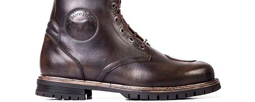 chaussures bottes moto vintage