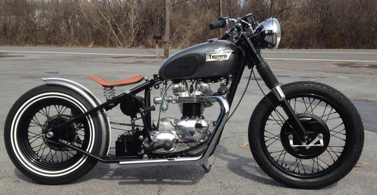 bobber moto triumph